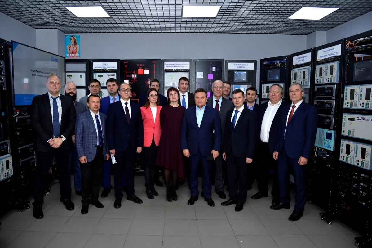 Визит делегации Минэнерго России во главе с Андреем Черезовым в iGrids